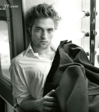 R Pattinson - I can't even help myself.  He's pretty hot.